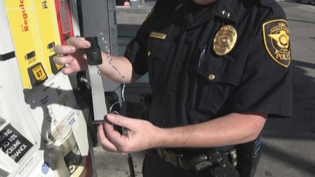 Card skimmer found at north-side gas station had been there for days