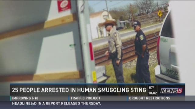 25 people arrested in human smuggling ring